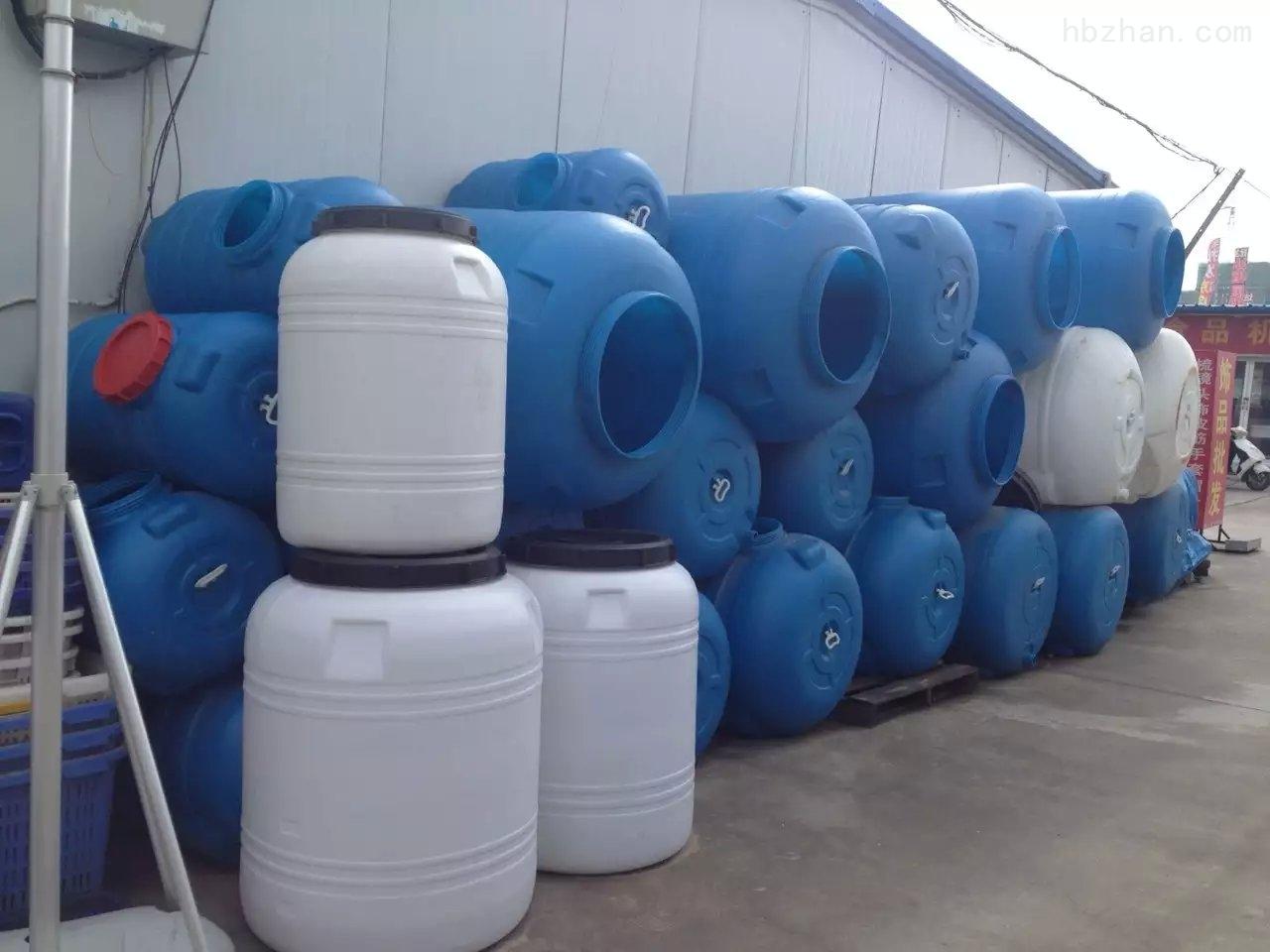 郑州塑料水罐塑料水桶1500斤燃料油桶800升卧式水桶
