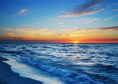 在长岛附近海域,邵文杰并没有发现油污的存在.