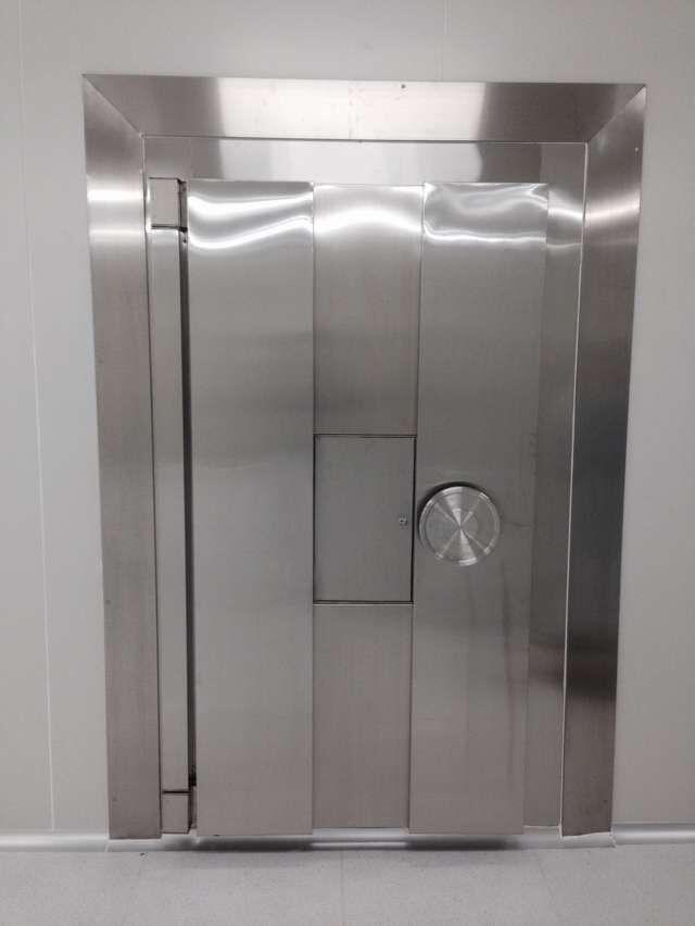 不銹鋼金庫門對墻體的安裝要求